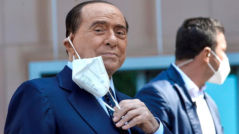 Silvio Berlusconi debería ser dado de alta del hospital este miércoles.
