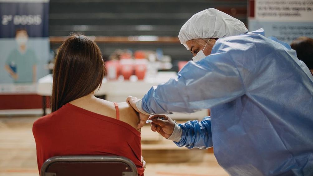Las vacunas arribaron en lo que constituyó el décimotercer vuelo de la compañía de bandera a la Federación Rusa.