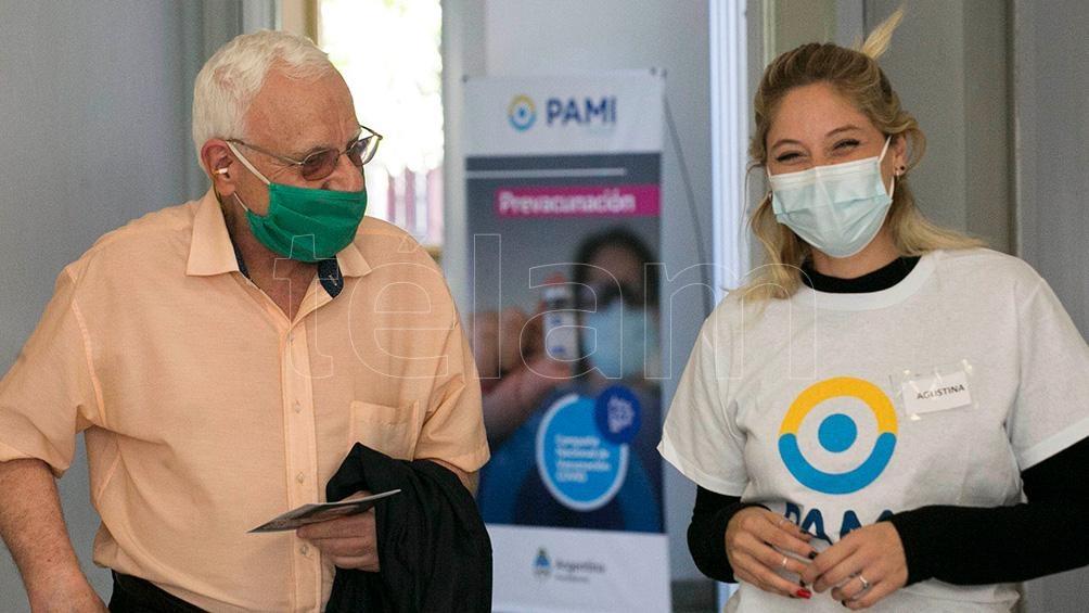 En la ciudad de Buenos Aires PAMI instaló tres centros de vacunación