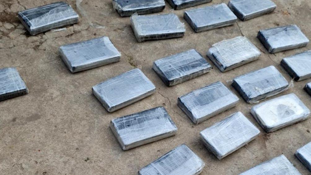Los 33 kilos de cocaína estaban ocultos en una camioneta, lista para el traslado a Villa Gesell y Pinamar.